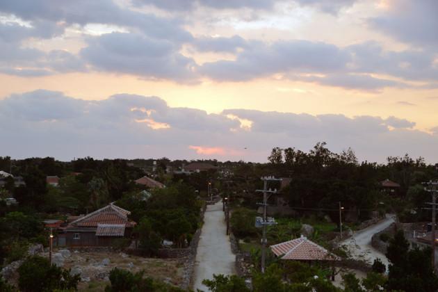 竹富島集落の夜明け
