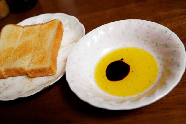 オリーブオイル+バルサミコ酢