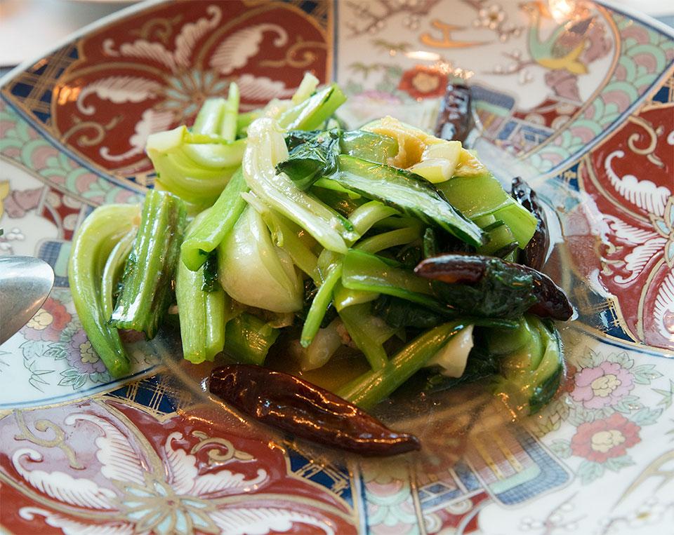 旬の青菜と湯葉の炒め