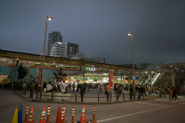 中野駅にて