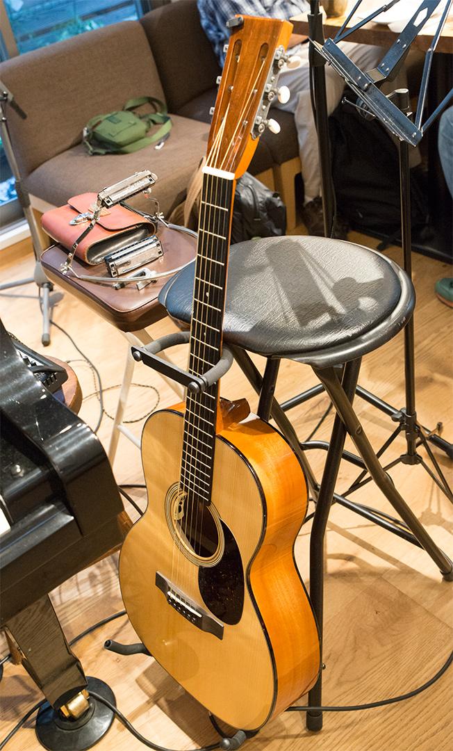いわさきさんの新しいSakata Guitar