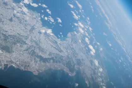 沖縄本島上空