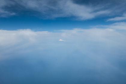 雲の中の富士