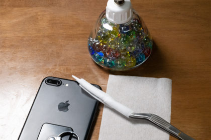 iPhoneのレンズの掃除