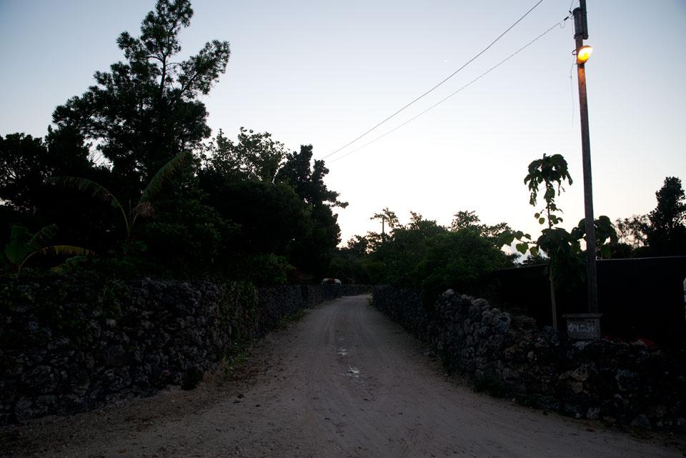 夜明け前の竹富島