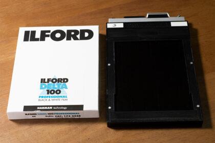 4×5判フィルムとカットフィルムホルダー